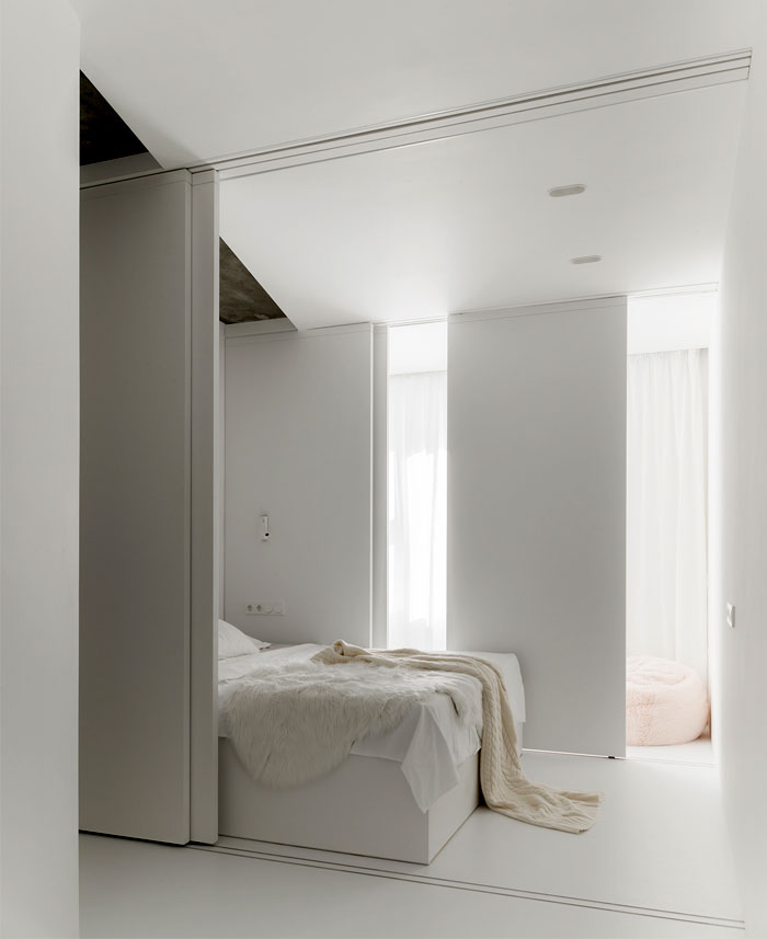 kashin architects all white interior space moscow 17