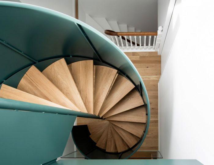 la doyenne house spiral staircase 2