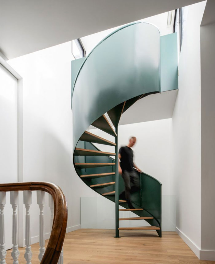 la doyenne house spiral staircase 3
