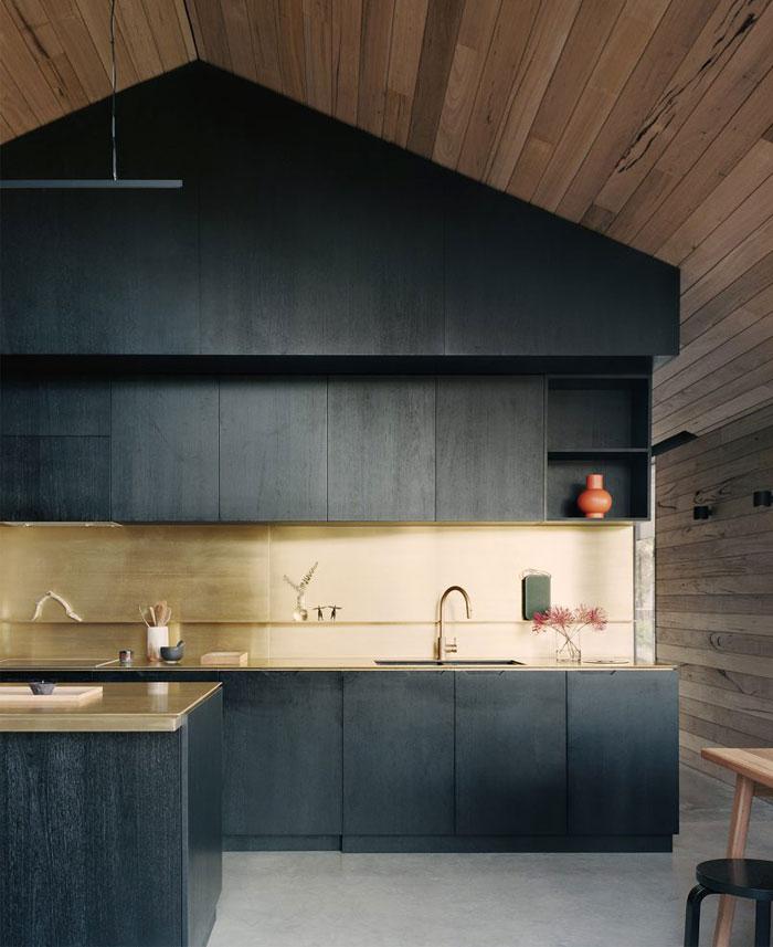 dark central box housing kitchen