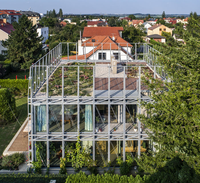 sustainable design trends vertical gardening 3