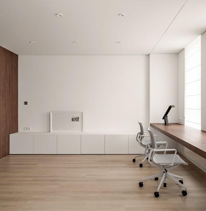 minimalist space aciid studio 2